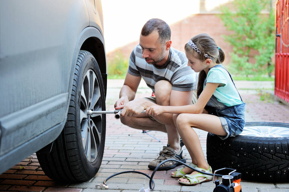 Si tienes conocimientos de mecánica, arregla tu coche tú mismo, tu bolsillo lo agradecerá