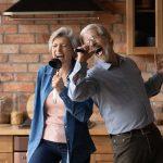 La socialización de los adultos mayores con personas de su edad