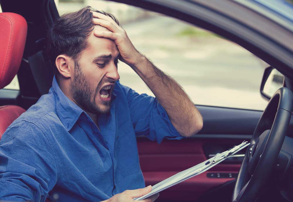 Multas de tráfico que pueden ponerte y que quizá no conocías